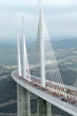 Course sur le viaduc de Millau : une autre course exceptionnelle
