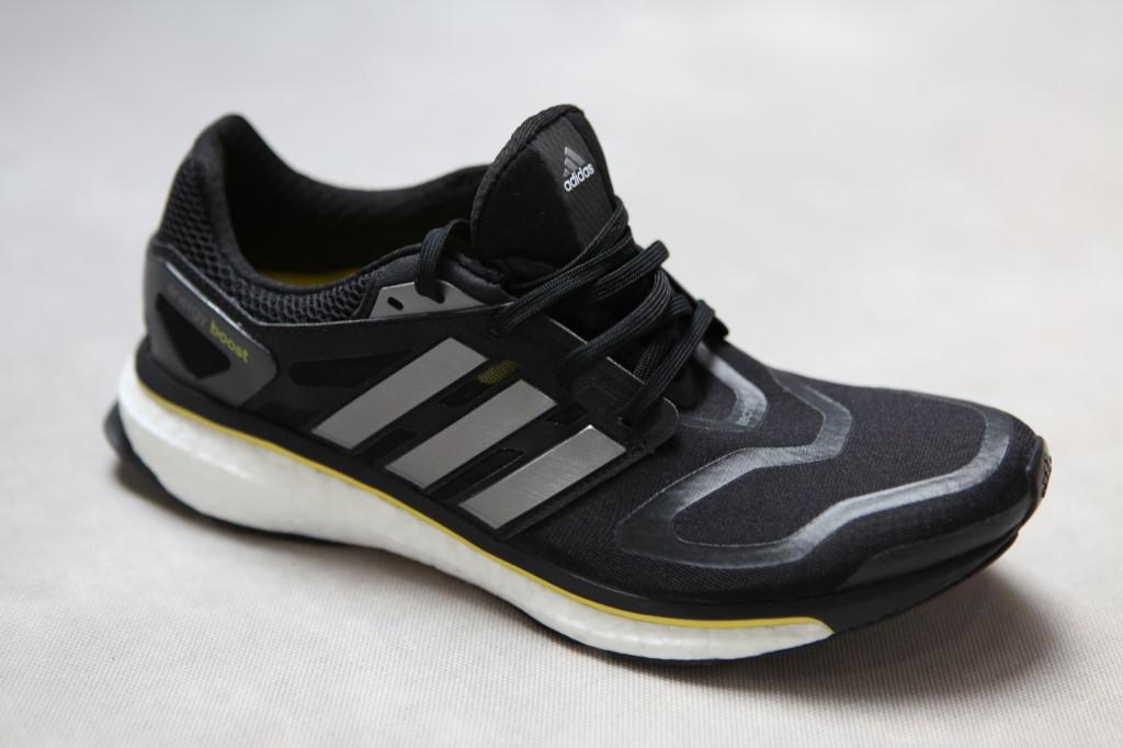 adidas energy boost : vue diagonale avant