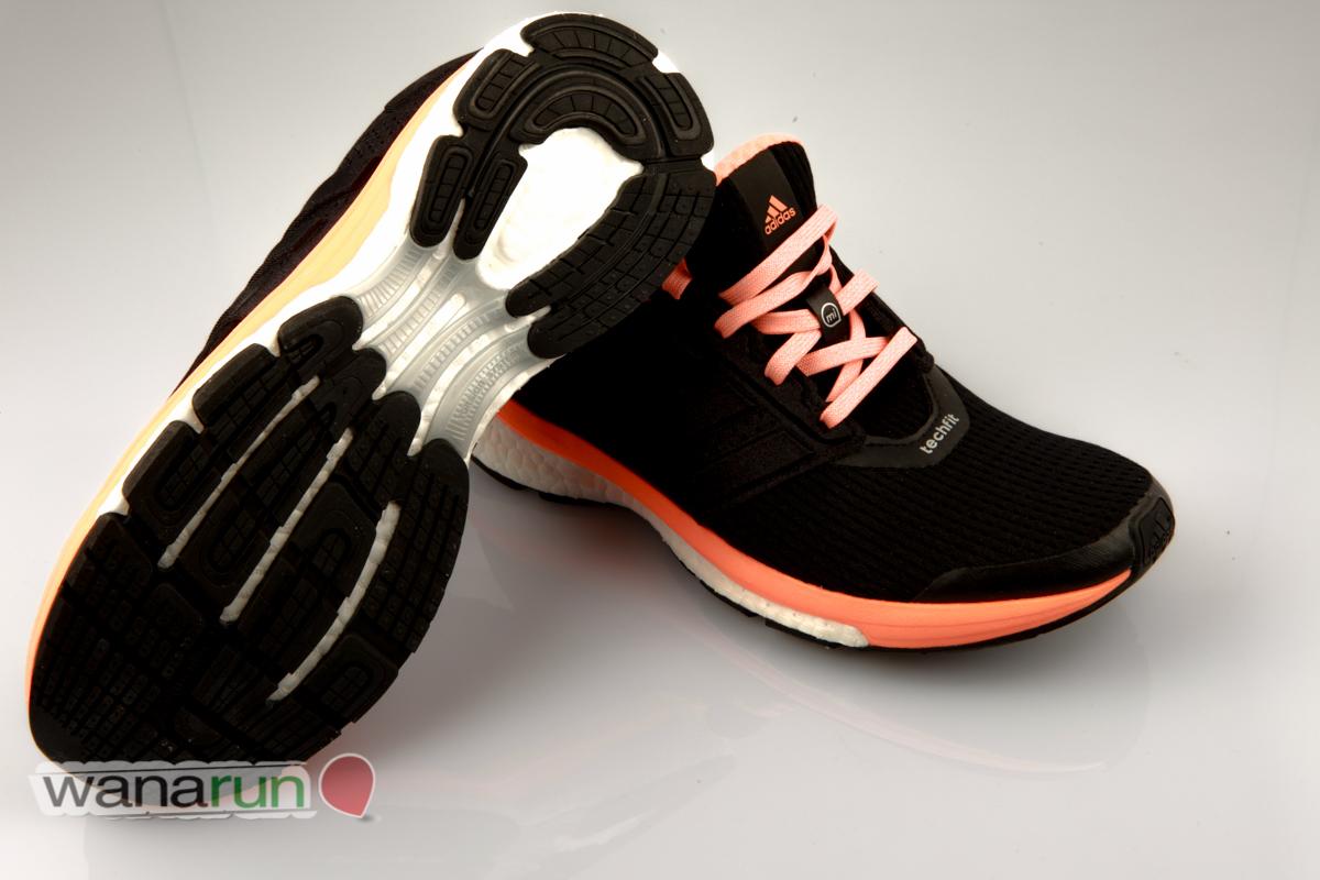 Un modèle universel de très bonne qualité qui correspondra aux débutants, qui voudront investir dans une première paire de chaussures sérieuses, ...