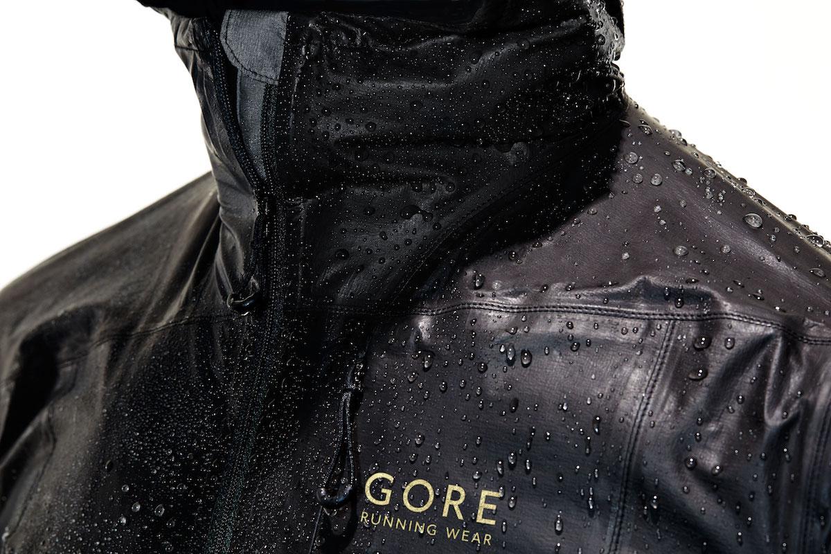 gore running wear one la veste gore tex. Black Bedroom Furniture Sets. Home Design Ideas